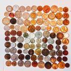 100 монет разных стран мира , без повтора