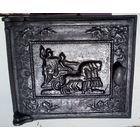 Чугунное литьё. Начало прошлого века. Печная дверца с римской колесницей.