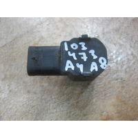 103473Щ VW Polo A4 A8 датчик парктроника 150919275