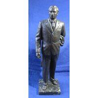 Статуя болгарского Коммунистического лидера ДЕМИТРОВ
