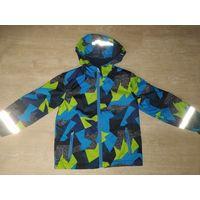 Как новая куртка деми непромокаемая на 5-6 лет