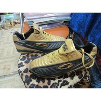 Спортивные кроссовки Saller.