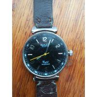 Продам кварцевые часы Omax торги
