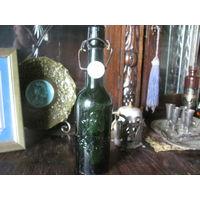 Бутылка пивная Германия родные клейма на крышке и корпусе Engelhardt