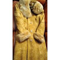Фабричное пальто ЭЛЕМА  с натуральным мехом