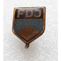 Значок FDJ - Комсомол ГДР L-P05 #0333
