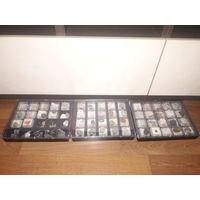 Коллекция камней для юного геолога в пластиковых боксах.  Более 50 разных камней!!! ОБМЕН ЛЮБЫХ ЛОТОВ НА ФАРФОР