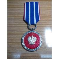 Медаль министерства справедливости заслуженному польша ,редкая