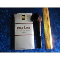 Курительная трубка Bruyere Garantie с кубинской забивкой вместе.