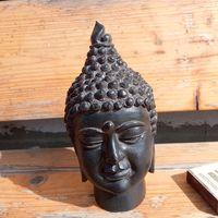 Голова индийского божества.