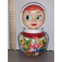 Современная кукла неваляшка