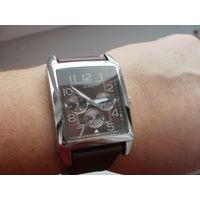 Часы наручные GUESS W95014G1. Оригинал. Кварц.