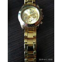 Часы наручные кварцевые с браслетом с жёлтым покрытием ROLEX хорошая копия.