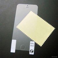 Защитная пленка для Iphone 5 5s 5c 5se. Двухсторонняя - на перед и зад. Трехслойная защитная пленка на перед и зад для Iphone 5 5s надежно защищает Айфон с обеих сторон от царапин и других повреждений