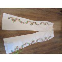 Джинсы с вышивкой Эскада размер 40-42 оригинал