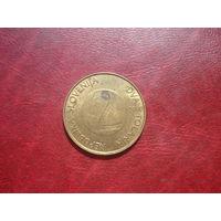 2 толлара 2000 год Словения