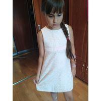 Платье очень известной фирмы на 6-7 лет