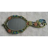 Зеркальце.