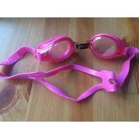 Очки плавательные Intex, б/у в хорошем состоянии.