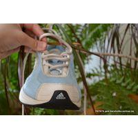 Кроссовки женские  adidas на 39 р