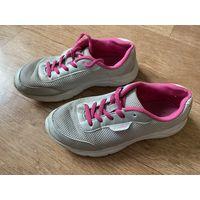 Кросовки розовые  DEMIX подростковые размер 35