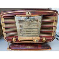 Ламповый радиоприемник  Звезда 54