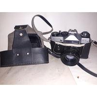 Фотоаппарат Зенит с объективом Гелиос с рубля