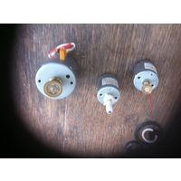 Небольшие моторчики от проигрывателей дисков