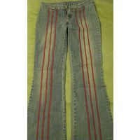 Оригинальные джинсики с полосками р.27