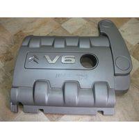101023 Citroen C5 3.0 V6 крышка двигателя 9637562577