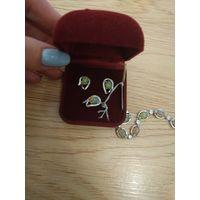 Серьги и кольцо с опалом