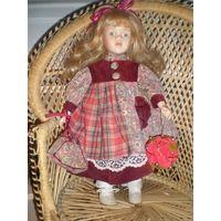 Фарфоровая кукла. Винтаж.