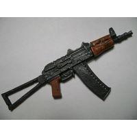 Сувенир. Магнит. Оружие. Автомат Калашникова складной укороченный, АКС-74У  Масштаб 1:6. Длина 12 см