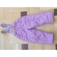 Теплые штаны на 80 рост, лилового цвета, на подтяжках. Длина шагового 28 см. В хорошем состоянии.
