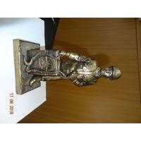 Статуэтка солдата 83 оиаэп (к юбилею полка)