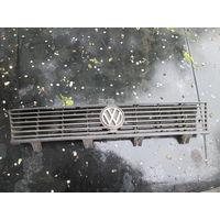 Лот 668. Решетка радиатора Volkswagen Polo 1984 г.в. Старт с 10 рублей!