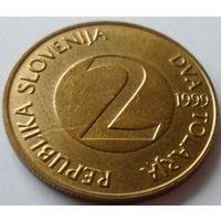 """Словения 2 толара 1999 """"Ласточка деревенская"""""""