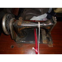 Швейная машинка VESTA ( на запчасти)