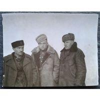 Военные в разведке. Февраль 1945 г. Венгрия. 4.5х5.5 см.