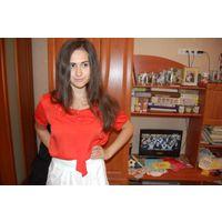 Блуза с бантом супер стильного и богатого цвета р50-52