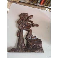 Волк с гитарой из Ну, погоди! - статуэтка-барельеф, силумин, 30 см