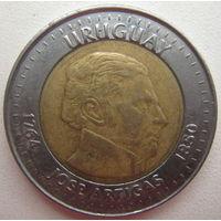 Уругвай 10 песо 2000 г. Разновидность без звезд (d)