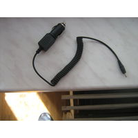 Автомобильное зарядное устройство для зарядки телефонов,штекер тонкий