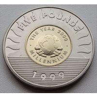 Гернси. 5 фунтов 1999 год  KM#91  Миллениум /без отверстия/
