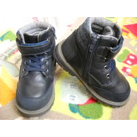 Ботинки на шерсти 27 р-р