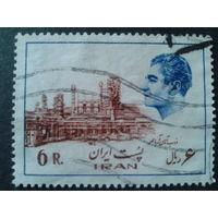 Иран 1975 завод, Мухаммед Реза Шах Пехлеви