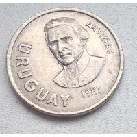 Уругвай 10 новых песо, 1981 6-6-26