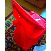 Сдам в аренду чехлы на стулья красные универсальные полноценные