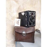 Фотоаппарат Agfa с чехлом.