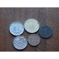 Пять  монеты с 1 рубля 41